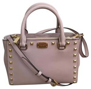 6e30dbdca75b78 Michael Kors Studded Bags - Up to 70% off at Tradesy