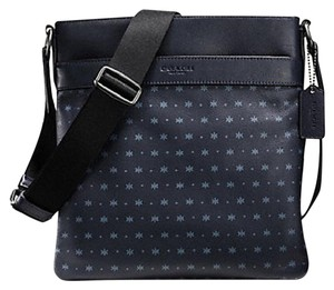 Coach Flight Messenger Charles 59307 Satchel in NAVY BLUE STAR DOT