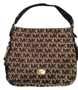 Michael Kors Collection Signature Brown Canvas Shoulder Bag - Tradesy 3fccca4038fec