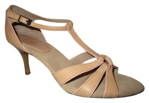 Nine West T-strap Sandal Pbo tan Pumps