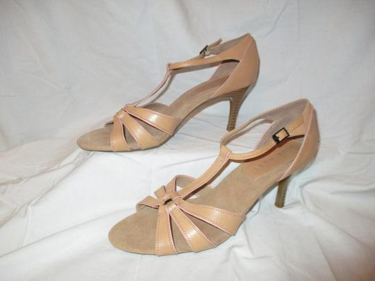 Nine West T-strap Sandal Pbo tan Pumps Image 2