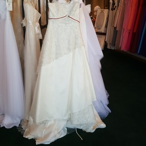Alfred Angelo Diamond White Taffeta 1150 Vintage Wedding Dress Size 10 (M)