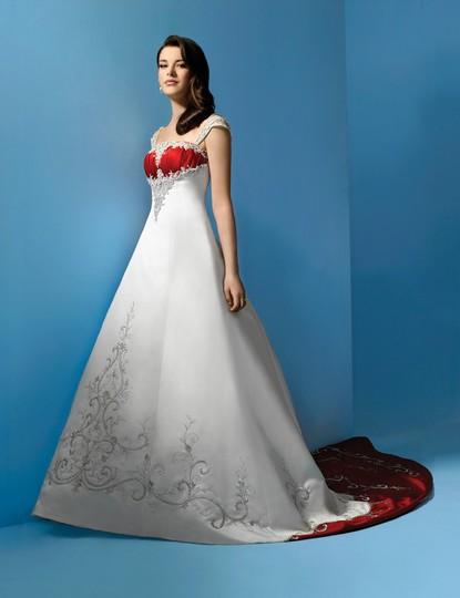 Alfred Angelo Ivory/ Cherry Satin 1193 Traditional Wedding Dress Size 12 (L) Image 3