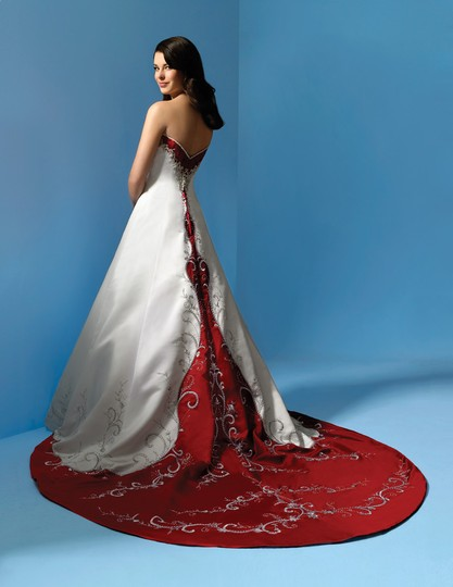 Alfred Angelo Ivory/ Cherry Satin 1193 Traditional Wedding Dress Size 12 (L) Image 4