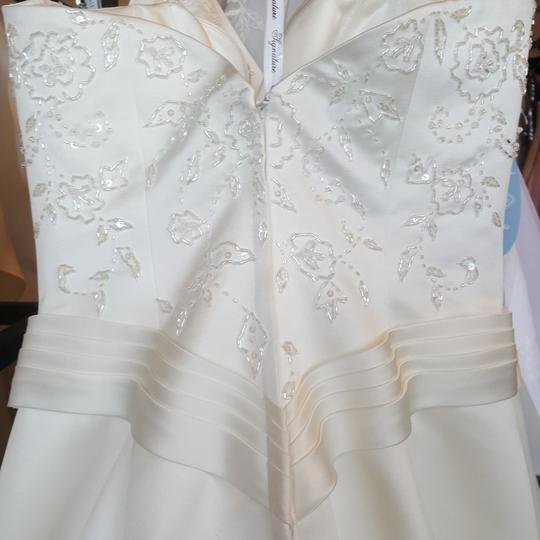Private Label by G Ivory Satin 1249 Traditional Wedding Dress Size 6 (S) Image 5