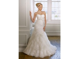 Mori Lee White/Silver Organza 1614 Feminine Wedding Dress Size 12 (L)