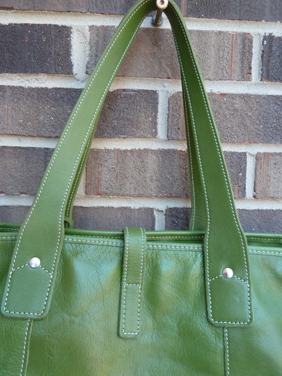 Alpaca Bag Works Hand-crafted Week-ender Travel Overnight Tote in Multi- with green backside Image 4