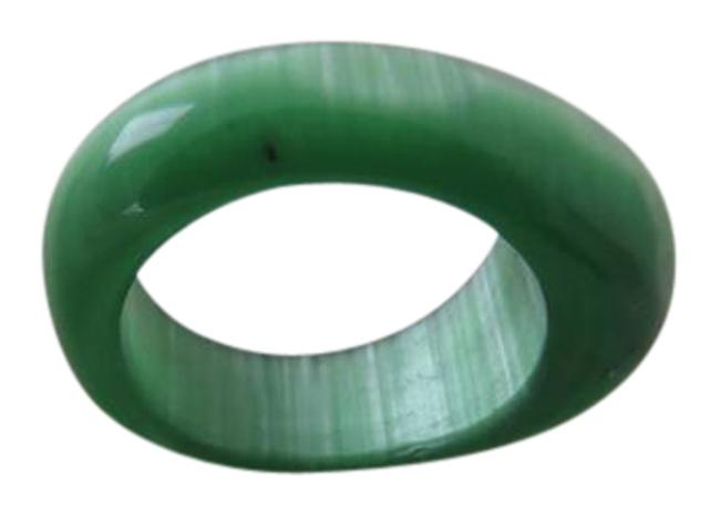 Item - Green Faceted Ring