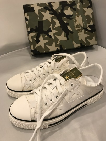 Valentino Studded Rockstud Sneaker Star Low Top White Athletic Image 5
