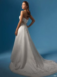 Alfred Angelo Ivory/Cafe 2086 Traditional Wedding Dress Size 14 (L)