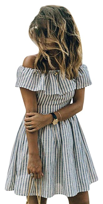 Preload https://img-static.tradesy.com/item/21644364/striped-off-shoulder-mid-length-casual-maxi-dress-size-8-m-0-1-650-650.jpg