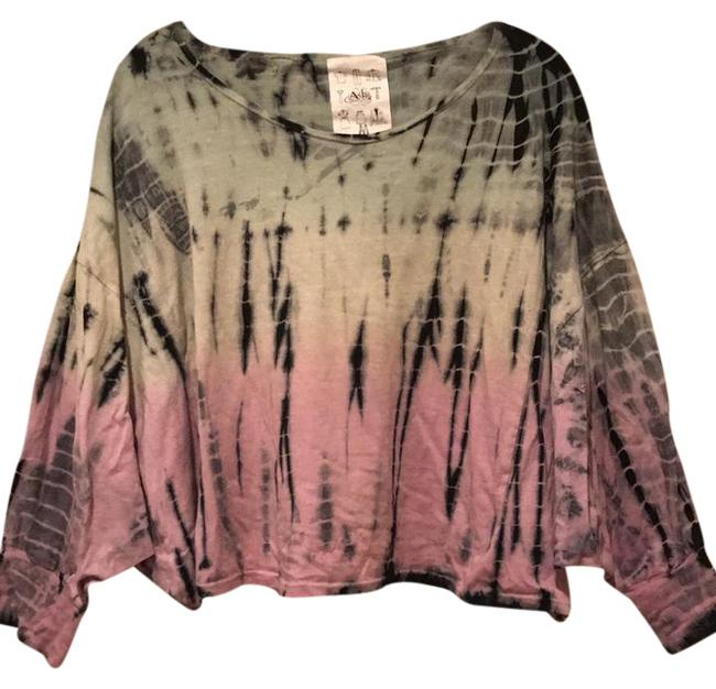 Preload https://img-static.tradesy.com/item/21644559/tie-dye-sweater-0-1-650-650.jpg