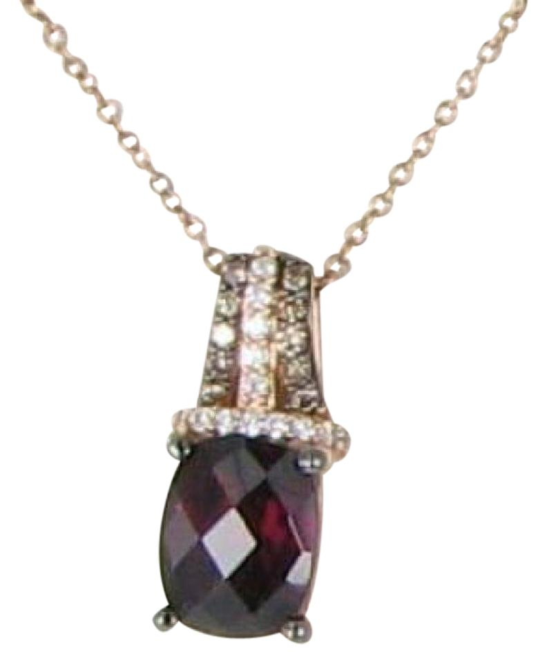Le vian raspberry rhodolite garnet choco vanilla diamond rose gold le vian oval raspberry rhodolite garnet pendant choco vanilla diamond 14k rose aloadofball Image collections
