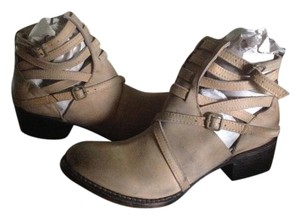 FreeBird By Steven Stair Leather Ankle Taupe Distressed Boots