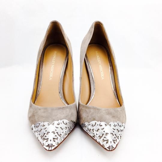 Badgley Mischka Suede Foil Silver Pointy Toe Stiletto Taupe Pumps Image 3