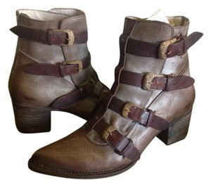 FreeBird By Steven Tate Buckle Ankle Leather Stone Boots