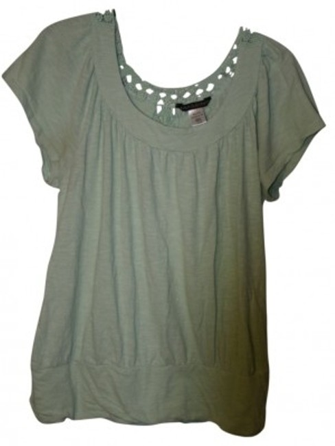 Preload https://item2.tradesy.com/images/massini-green-short-sleeve-lace-shirt-blouse-size-16-xl-plus-0x-21646-0-0.jpg?width=400&height=650