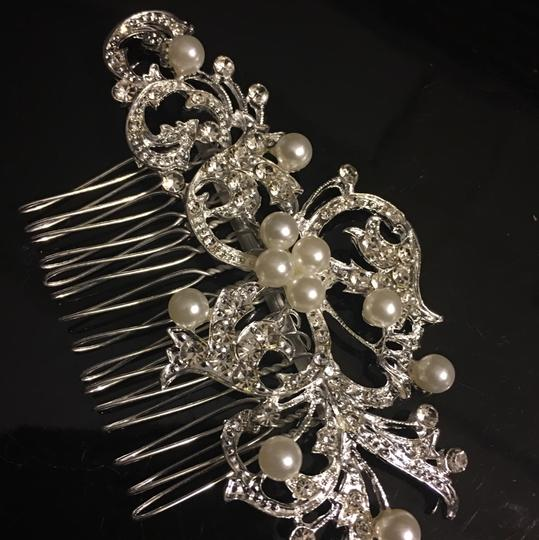 Queen Esther Etc New Flower Crystal & Pearl Bridal Hair Comb Image 2