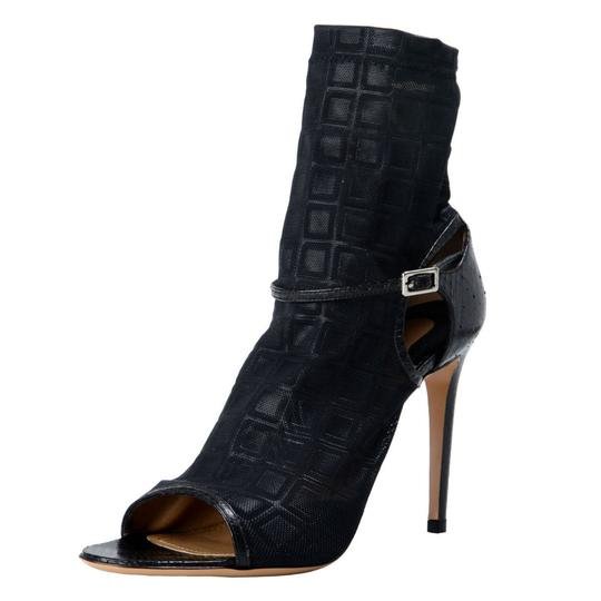 Preload https://img-static.tradesy.com/item/21646478/salvatore-ferragamo-black-payson-high-heel-sandals-bootsbooties-size-us-65-regular-m-b-0-0-540-540.jpg