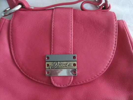 Diesel Fuschia Leather Silver Accents Snap Close Cross Body Shoulder Bag Image 2