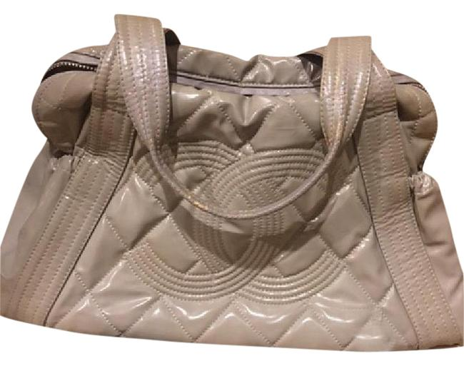 Item - Shoulder Bag Cc Quilted Gray Patent Leather Tote