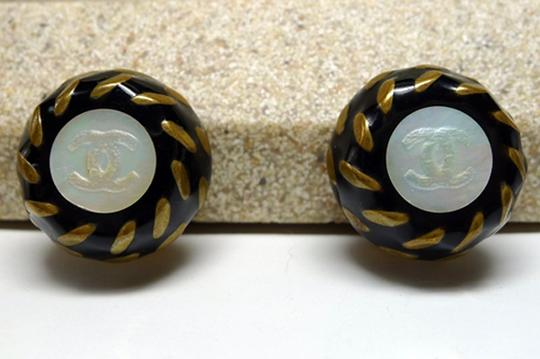 Chanel Authentic Chanel Gripoix Glass and Mother Of Pearl CC Clip Earrings