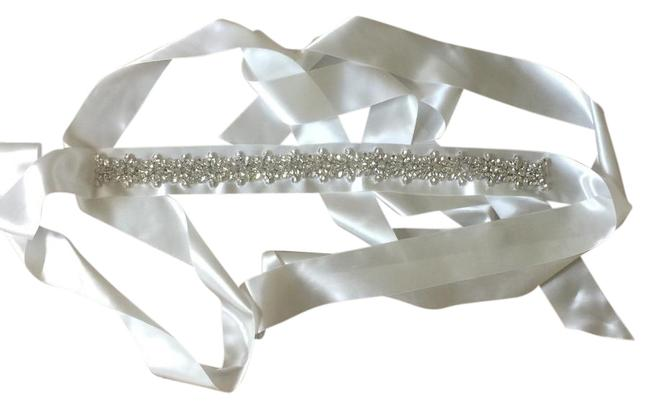 Item - White Crystal Clear Silver S9153 Belt