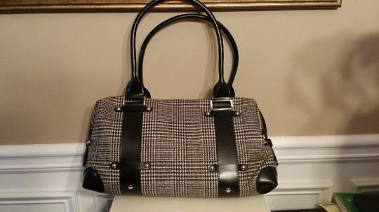 Wilsons Leather Tote in Black and white