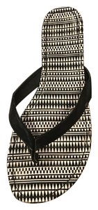 Charlotte Russe Flip Flop Indian Print Black and white Sandals