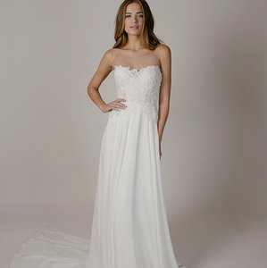 Sarah Seven Harrison Gown Wedding DressSarah Seven Weddings  Used Sarah Seven Weddings    Tradesy Weddings. Sarah Seven Wedding Dresses. Home Design Ideas