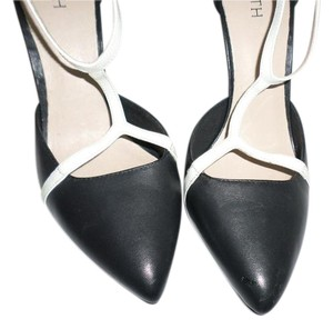 Firth T-strap Black with white Pumps