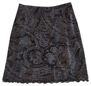 New York & Company Skirt Black With white Paisley