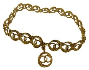 """Chanel Chanel """"CC"""" Gold Plated Belt .Vintage :1980,s .27-29 inch size"""