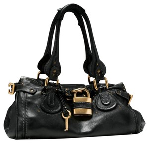 Chloé Leather Chanel Satchel in Black