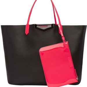 Givenchy Cabas Tote in black