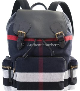 32b36bd855d3 Burberry Black Bags - Up to 70% off at Tradesy