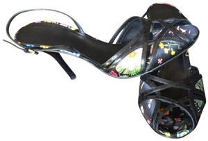 Gucci Pumps Black Floral Multi Color Sandals