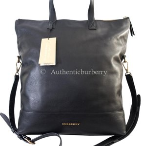 Burberry Messenger Bags - Up to 70% off at Tradesy 672e6866ff7d3