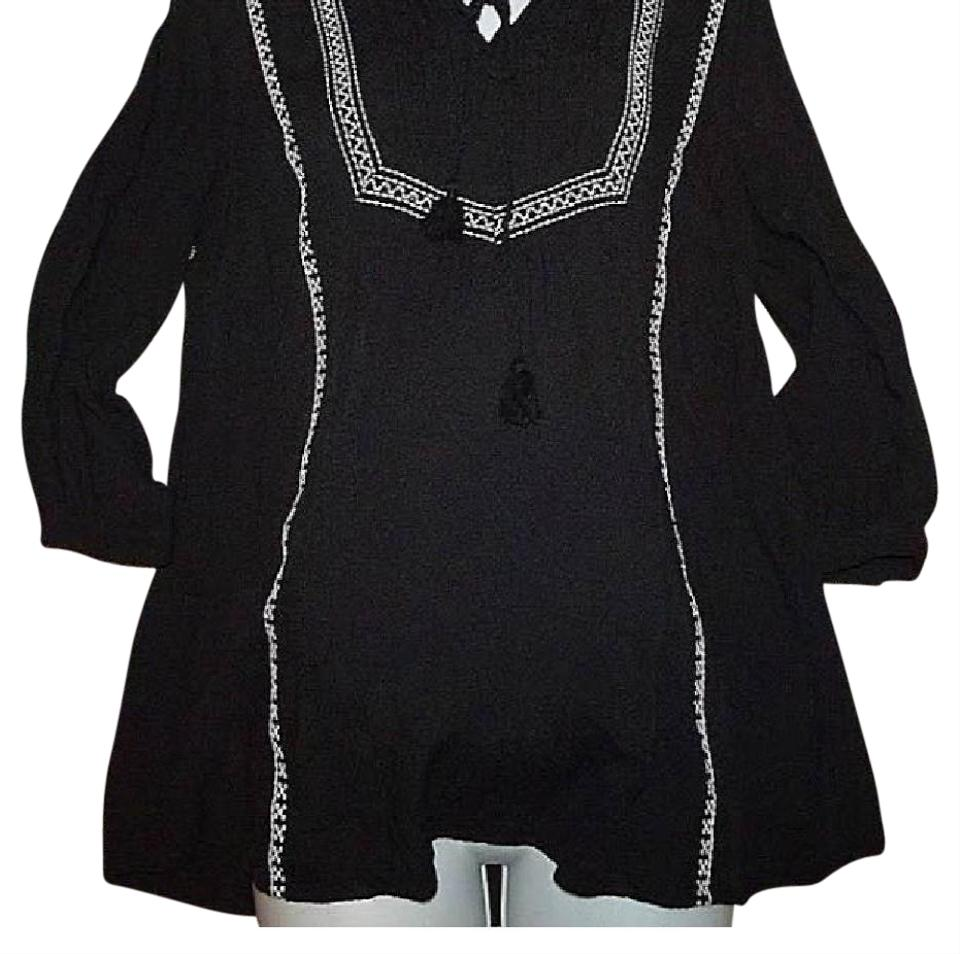 36eda0a0bb9 Liz Lange Maternity Black Boho Peasant with White Detailing and Tassels  Open V Neck and Buttoned Three Quarter Sleeve Maternity Top