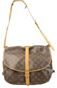 Louis Vuitton Crossbody Saddle Reporter Monogram Messenger Bag