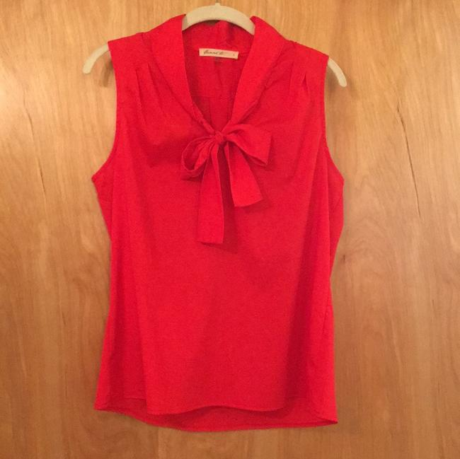 Item - Red Sleeveless Blouse Size 12 (L)