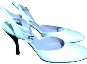 Audley All Leather Made In Spain London Design white Pumps