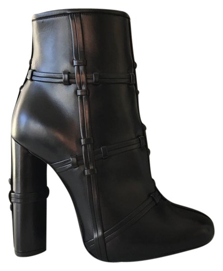 Preload https://img-static.tradesy.com/item/21677230/tom-ford-black-new-patchwork-leather-bootsbooties-size-eu-37-approx-us-7-regular-m-b-0-1-540-540.jpg