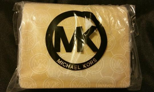 Michael Kors Michael Kors Jet Set Travel Flap Card Holder