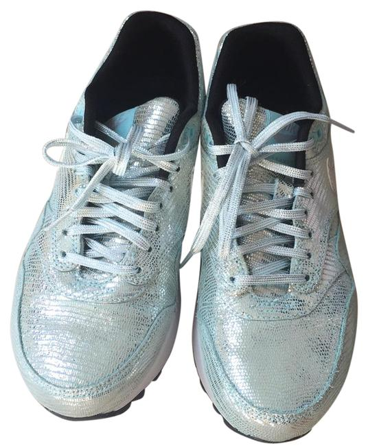 Item - Powder Blue and Silver Max Sneakers Size US 7 Regular (M, B)