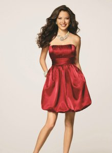 Alfred Angelo Crimson Polyester 7136 Sexy Bridesmaid/Mob Dress Size 10 (M)