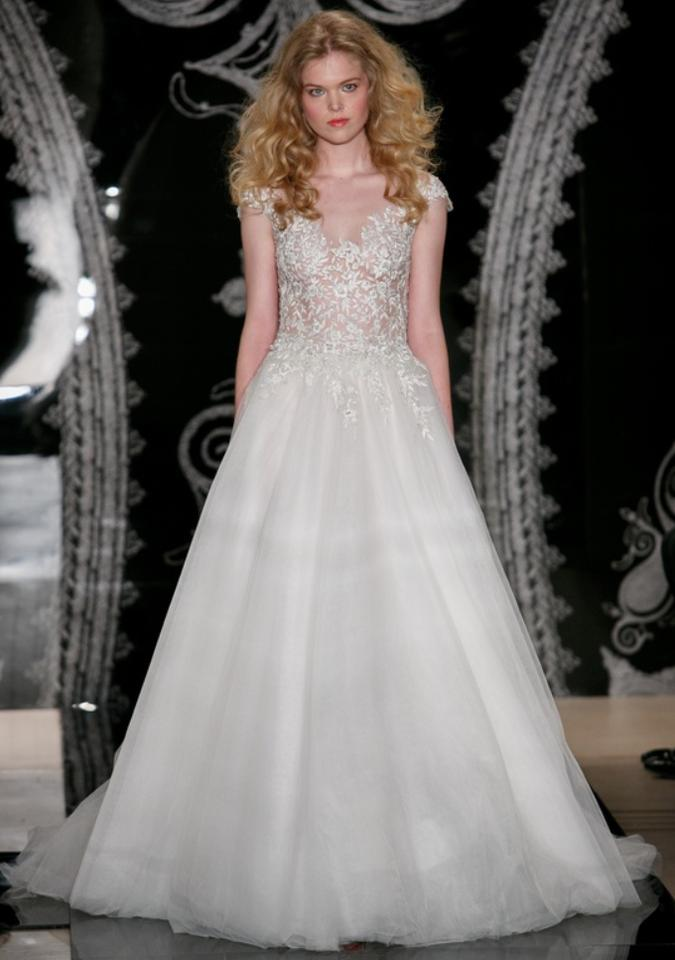 Reem Acra Ivory Tulle Fabiola with Veil Formal Wedding Dress Size 6 ...