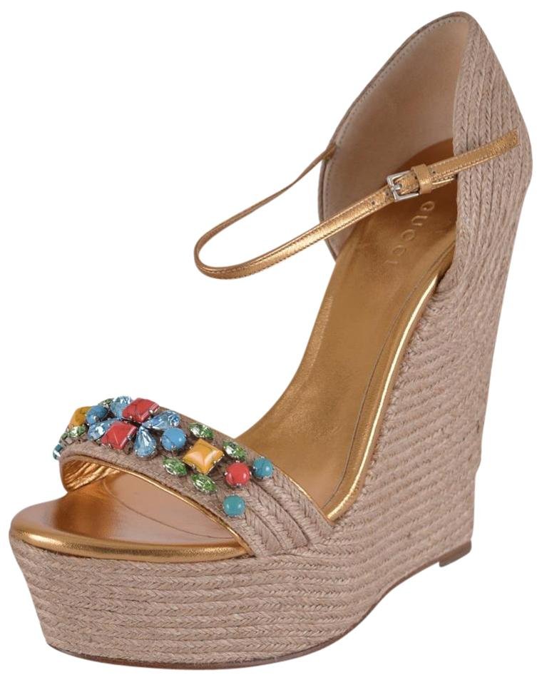66c88ab651e8 Gucci Beige Multi New Women s 371591 Carolina Wedge Jeweled Espadrilles  38.5 Sandals