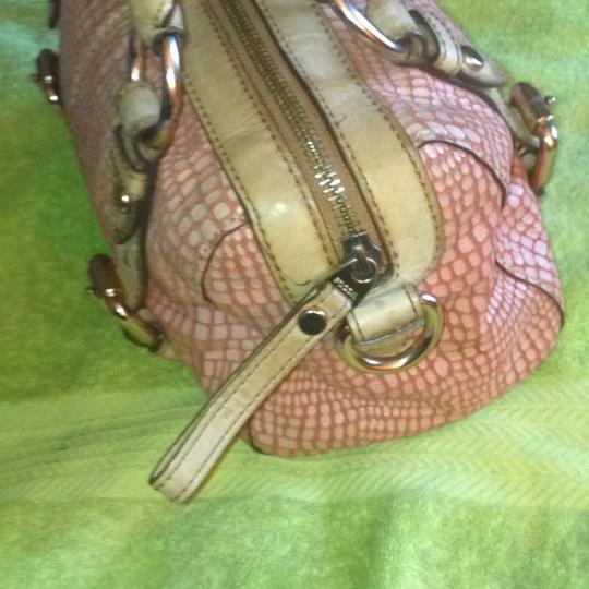 Fossil Satchel in Tan/Pink/Rust Image 4