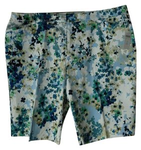 95c144a7d03 Coldwater Creek New With Tags Plus-size Floral Natural Fit Pockets Bermuda  Shorts Blue Green